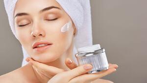 冬天预防皮肤干,用什么洗澡是关键!