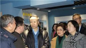 中国侨联主席到大观街道调研 看望慰问百岁归侨老人