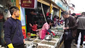 提前存货!节前海鲜价格上涨 虾类每公斤涨20元