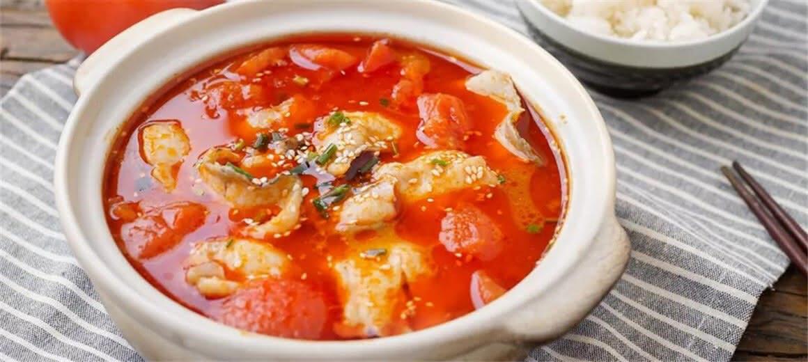 新年来道番茄鱼 红红火火年年有余全占