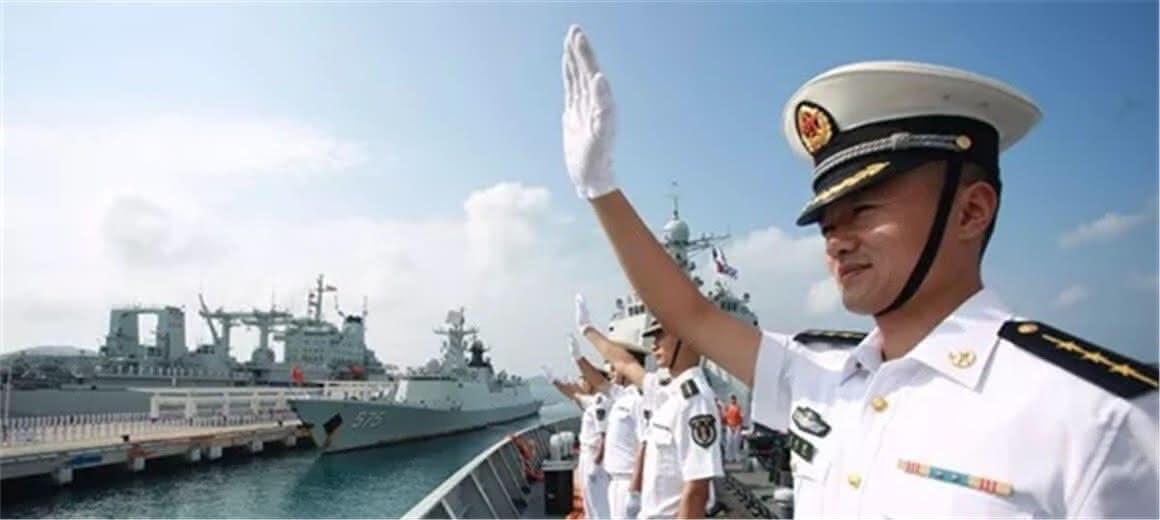 欢迎回家,海军第27批护航编队载誉凯旋