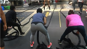 30个名额!摆脱油腻最有效的晨练健身课程免费送