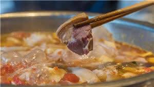 老昆明社区里的私房菜 酸菜猪脚堪称一绝