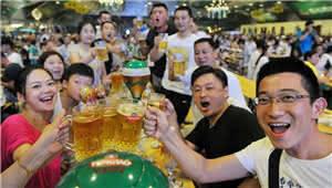 """""""五一""""游玩,玉溪龙马山啤酒音乐文化节,了解一下"""