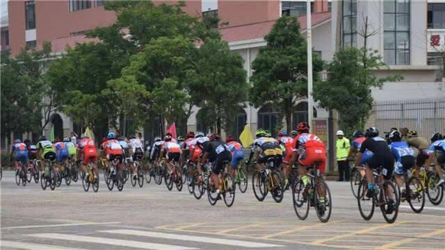 环青海湖自行车联赛(昆明站)下月开赛