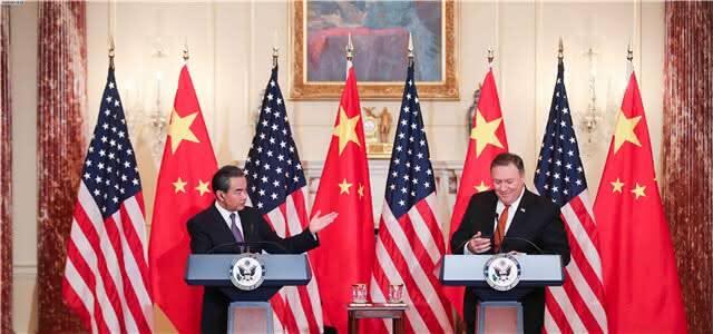 王毅:中国在南海岛礁部署防卫设施正当合法