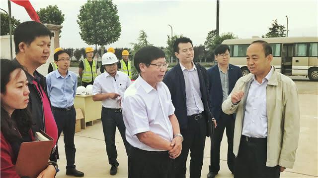李河流率队考察西安宝能新能源汽车项目