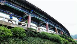 七彩云南·秘境百马第十站:跑亚洲第一长廊 揽易门山水美景