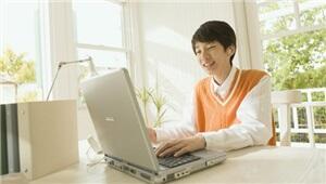 给孩子一个清朗的网络空间 保障未成年人健康上网