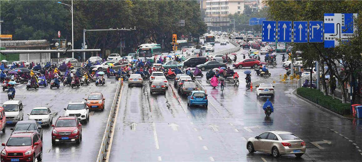 @昆明司机 环城南路坍塌路面已修好 可正常通行
