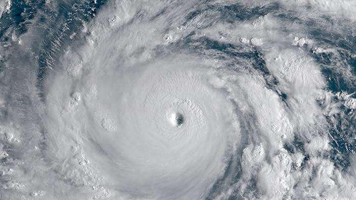 """【直播】洗洗睡吧!中央气象台已停止对台风""""山竹""""编号"""