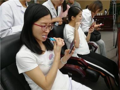你会科学刷牙吗?来市妇幼刷牙大赛学标准姿势