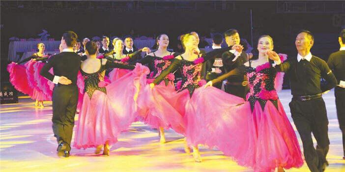 2018标准舞拉丁舞全国公开赛舞动曲靖