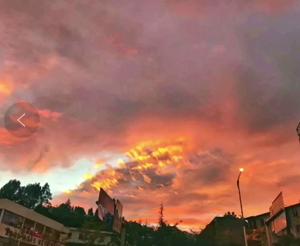 火烧云+彩虹!今天傍晚的昆明真热闹