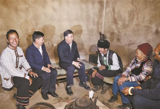 汪洋:云南要深入扎实做好民族宗教和脱贫攻坚工作