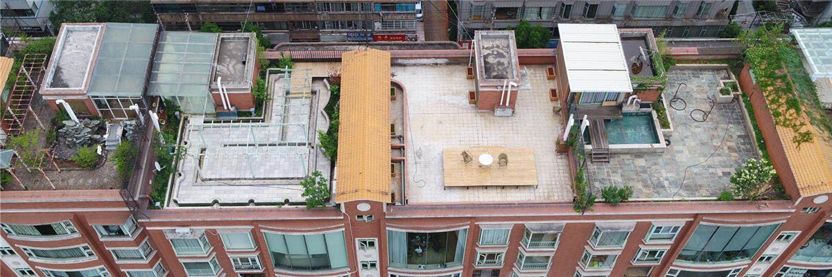 法外没有特权!翠湖俊园楼顶29处违建30天内拆干净