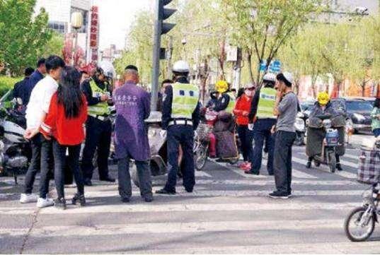 昆明市道路交通安全条例实施 电动车乱象将得以严格整治