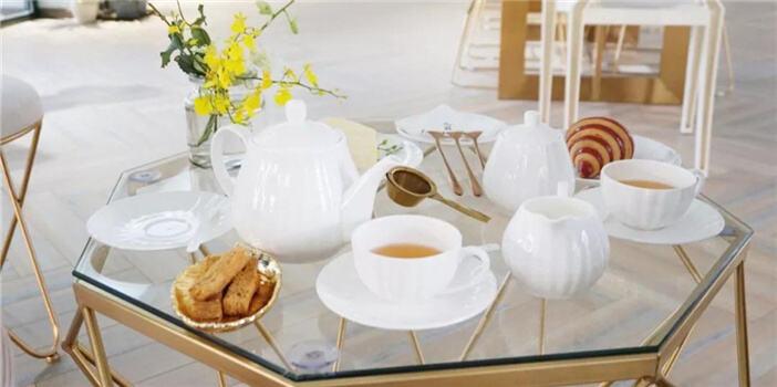 花园下午茶的精致与浪漫