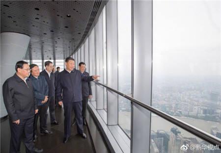 习近平登上中国第一高楼 俯瞰上海城市风貌