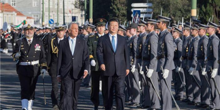 习近平同葡萄牙总统德索萨举行会谈
