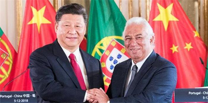 习近平会见葡萄牙总理科斯塔