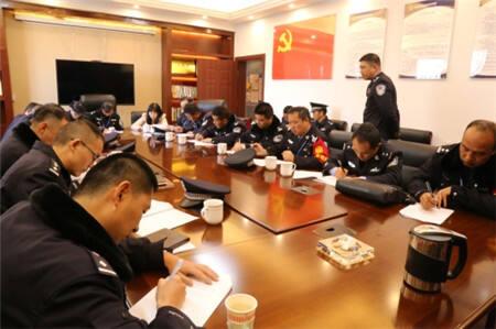 省戒毒管理局副局长杨中华一行到昆明市强戒所检查工作