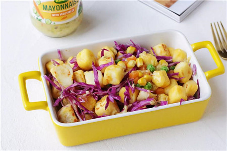 教你10分钟制作营养早餐!馒头蔬菜什锦沙拉让你爱不释手