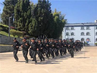 昆明特警组织开展实战拉动演练