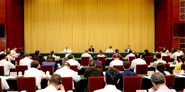 云南省学校思想政治理论课教师座谈会召开 提了这些重点