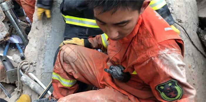 奋战一夜!上海坍塌事故搜救完成 10名被困人员死亡