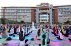 中印瑜伽公益课首秀