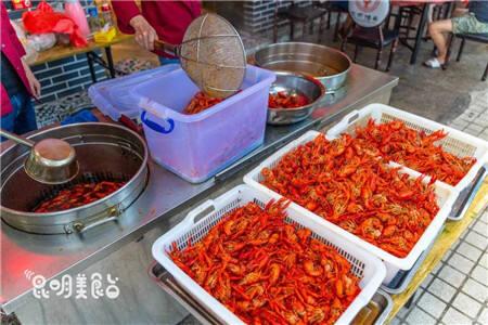"""昆明卤虾""""开山鼻祖"""" 配方四百万 一天卖800公斤"""