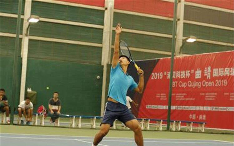 观众免费看!曲靖国际网球公开赛开拍