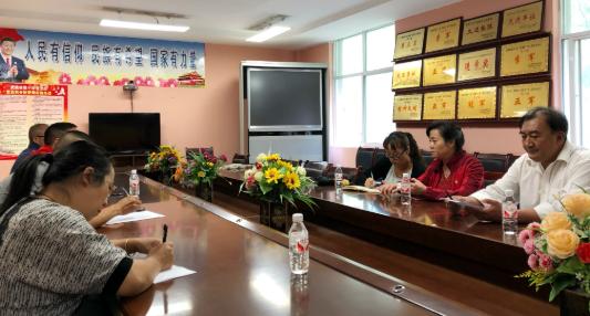 计关琴赴迪庆州考察调研蓝天春蕾学校骨干教师培训工作