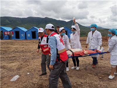 晋宁区红十字会积极参与2019年地震应急救援演练