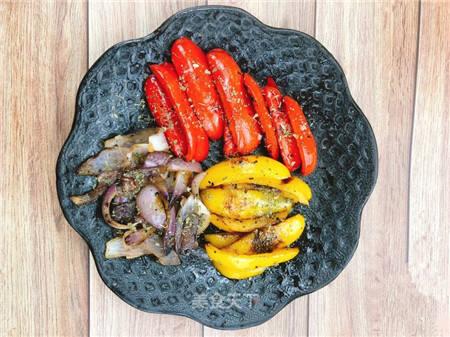 烤蔬菜听过没?这是一道颜值与营养并存的减肥餐