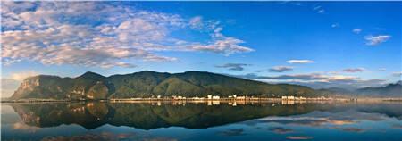 阮成发作政府工作报告时强调:全力推动最美丽省份建设