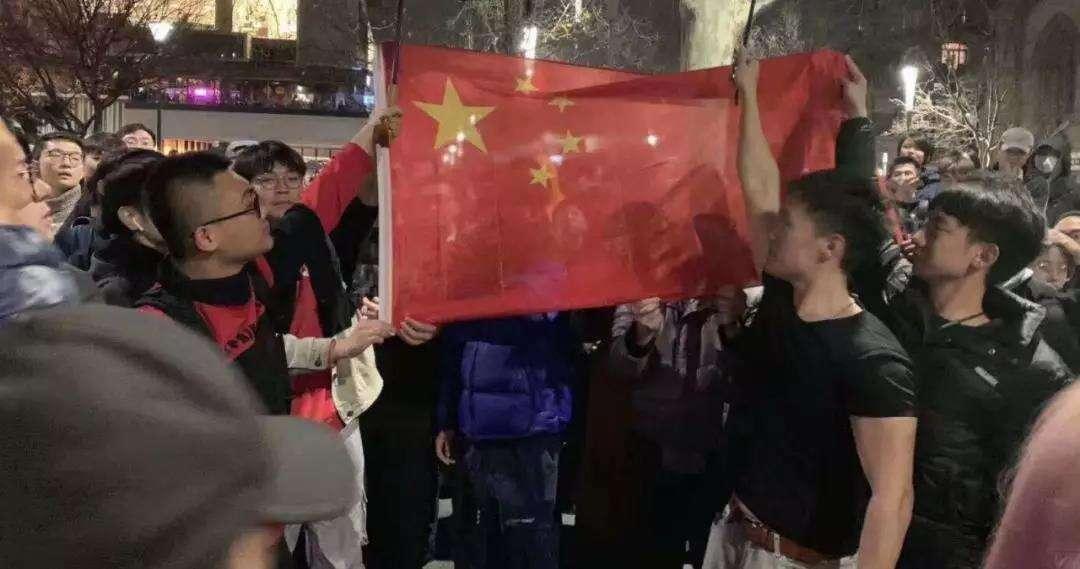 燃炸了!这才是中国青年的样子!