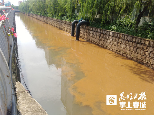 疑似山洪流入老运粮河 下午水已恢复正常