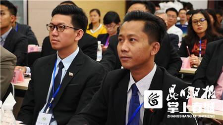 22名缅甸医师到云南昆钢医院研修交流