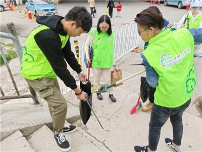 """昆明市青年志愿者协会开展""""市民河长""""巡河工作"""