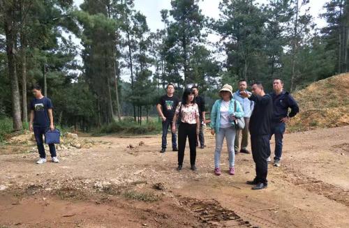 市拯救中心到宜良县考察绿孔雀繁育基地建设