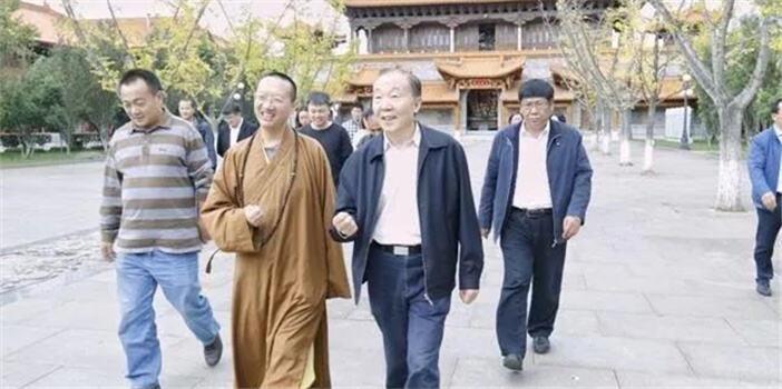 省政协领导走访调研昆明部分佛教寺院