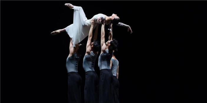 芭蕾精品晚会亮相昆明舞台