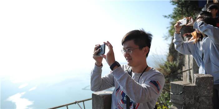 魁星点斗 鲤鱼跃龙门…西山有美景 传说更动人