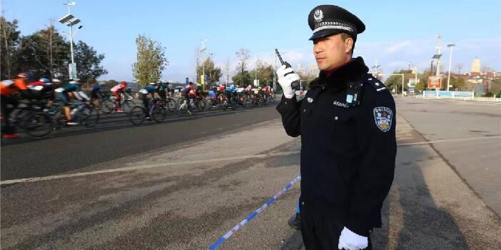昆明警方圆满完成2019昆明环滇自行车赛安保工作