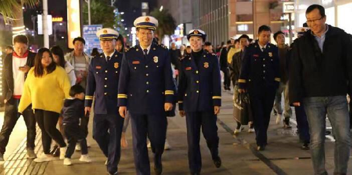 西山消防开展元旦节集中夜查行动