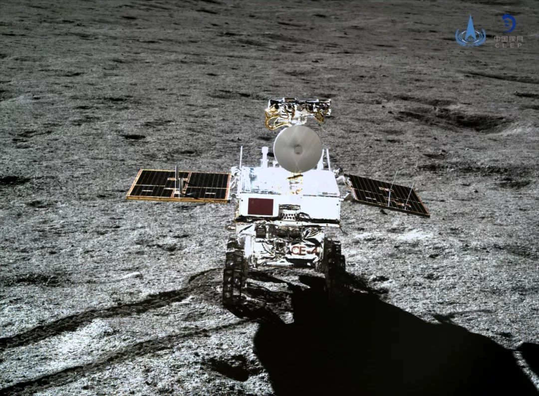 """""""玉兔二号""""成为人类历史上在月面工作时间最长的月球车"""