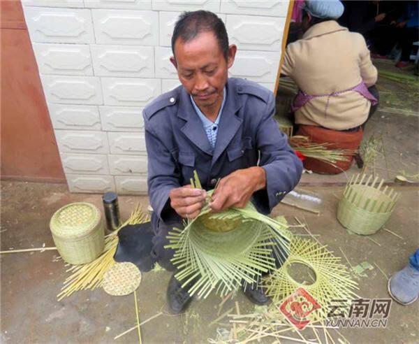会泽雨碌乡:竹编打开增收新路子