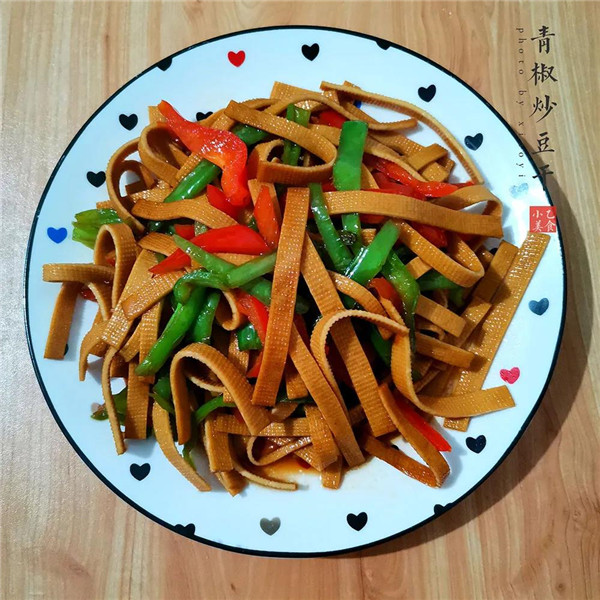 青椒炒豆干:百吃不厌的家常菜,给肉都不换